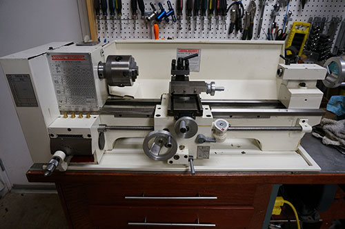 Central Machinery 9x20 Bench Lathe - 45861