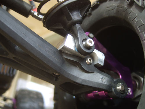 Savage 5T - Here is everything installed, with the LST harded aluminum threaded shock body with R/C Raven dual rate springs (8.9 ppi at the top and 15 ppi at the bottom)