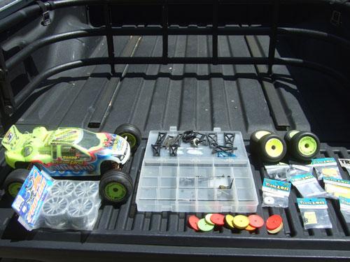 Emaxx tranny to big on Revo chassis